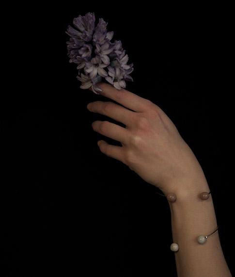 mano-fiore-tolemaide